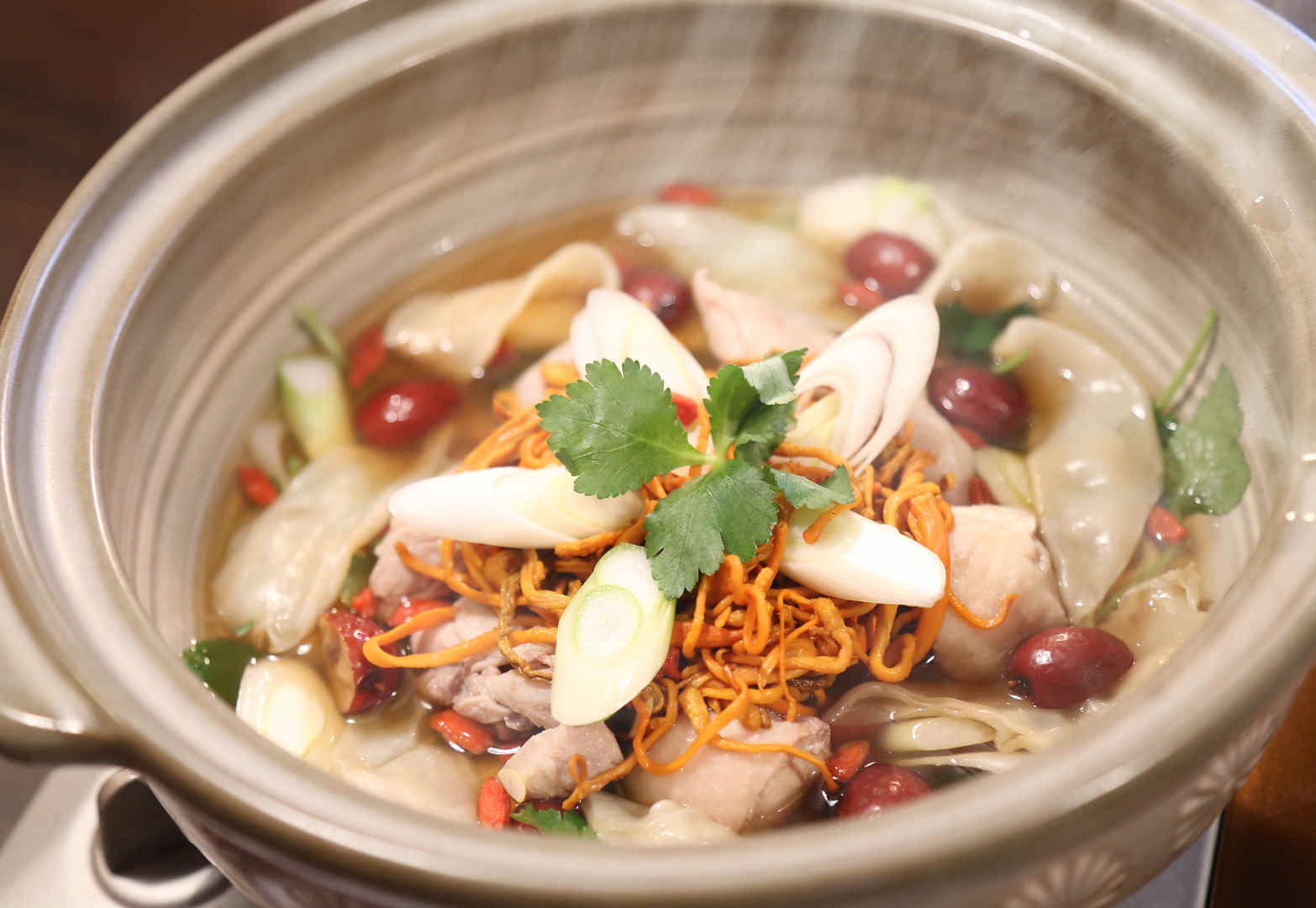 Chinese Traditional Dried Fish Maw with Chicken Soup 3